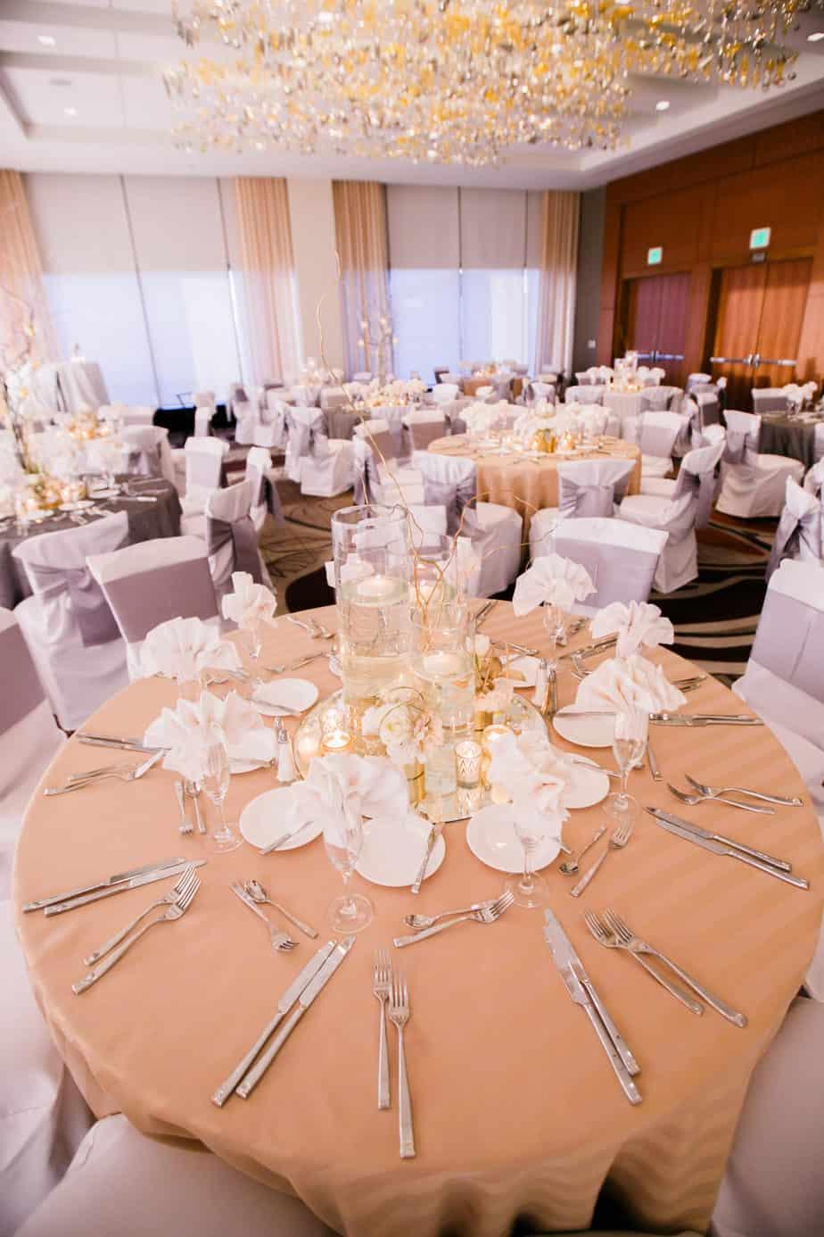 gold and silver wedding_cloud 9_grand hyatt