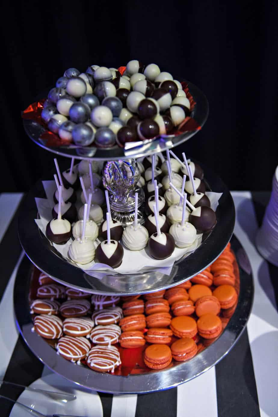 dessert bar_cloud 9_denver museum wedding