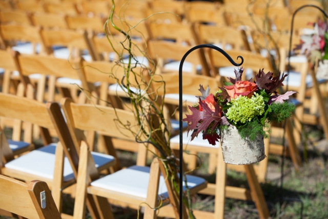aisle decoration_ranch wedding (640x427)
