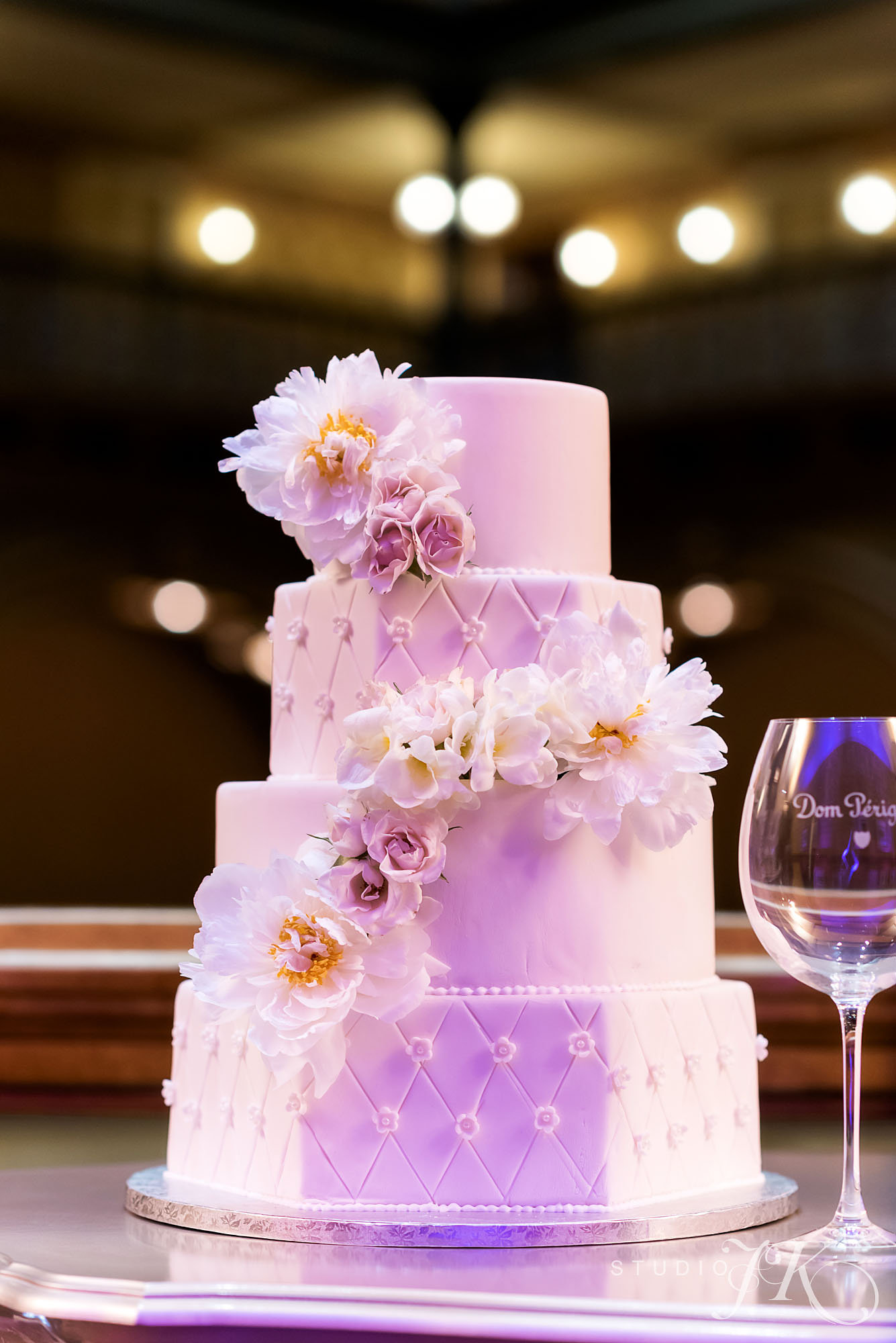 Brown Palace_wedding cake_studio JK_Cloud 9
