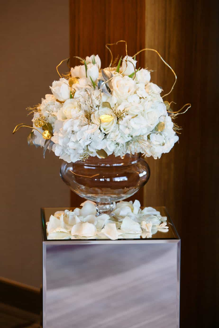 ceremony flowers_a design resource_cloud 9