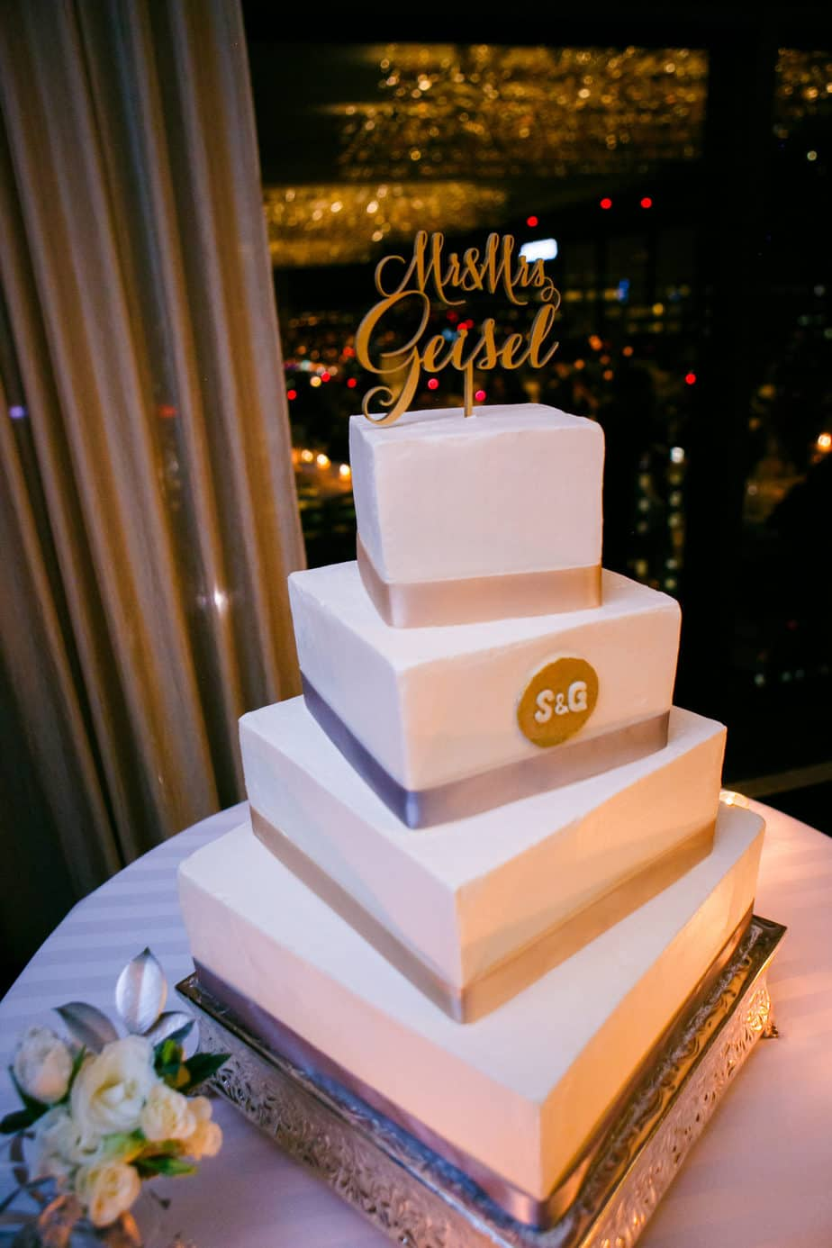 silver and gold square wedding cake_cloud 9