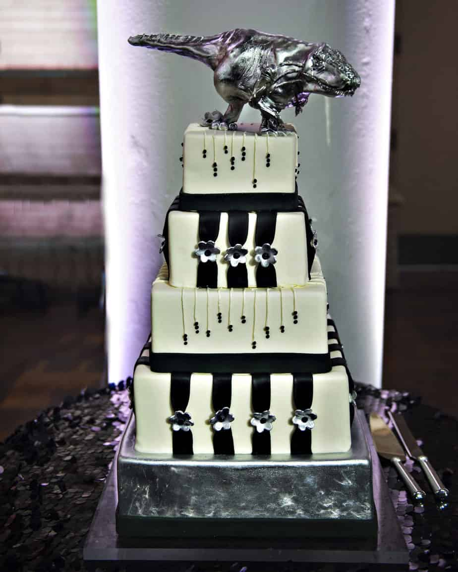 black and white dinosaur cake by gateaux