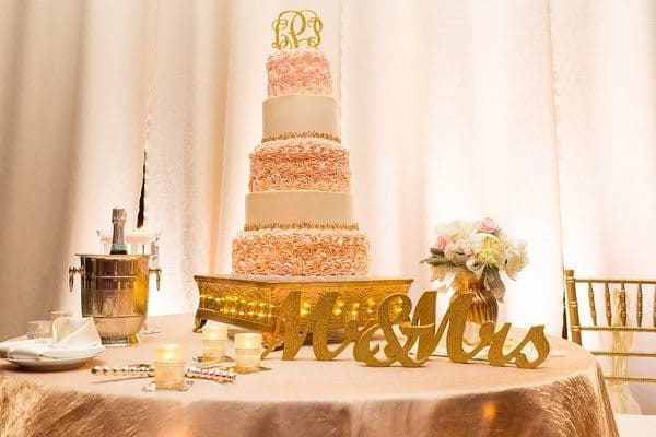 elegant_blush-and-gold_wedding-cake_cloud-9_brown-palace