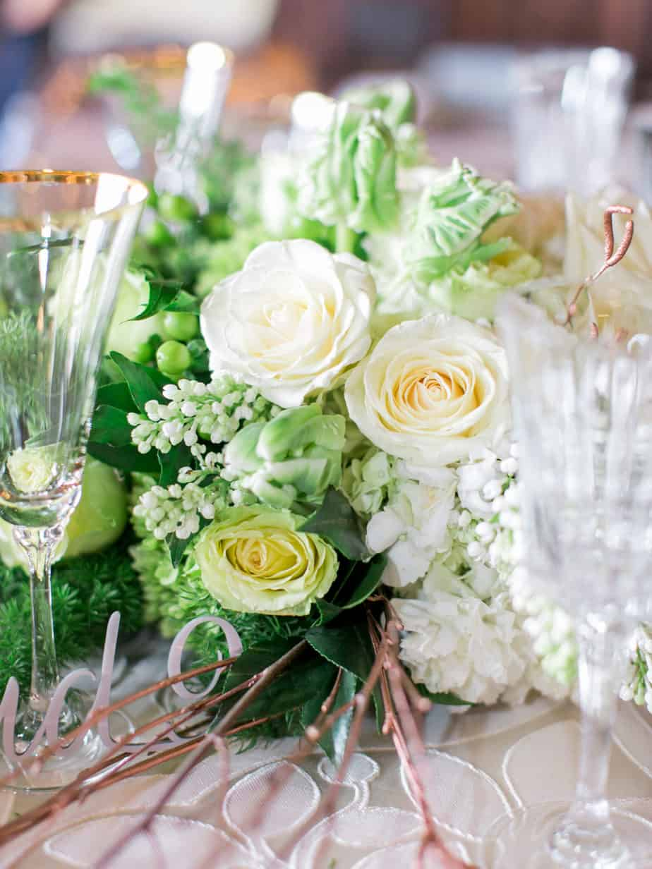 Cloud 9_green and white wedding_green and white centerpiece