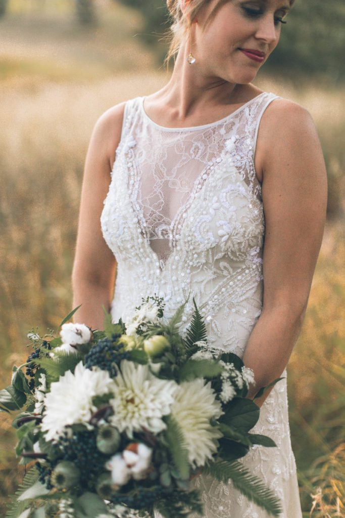 bouquet_green_organic_rustic_cloud-9_spruce-mountain-ranch