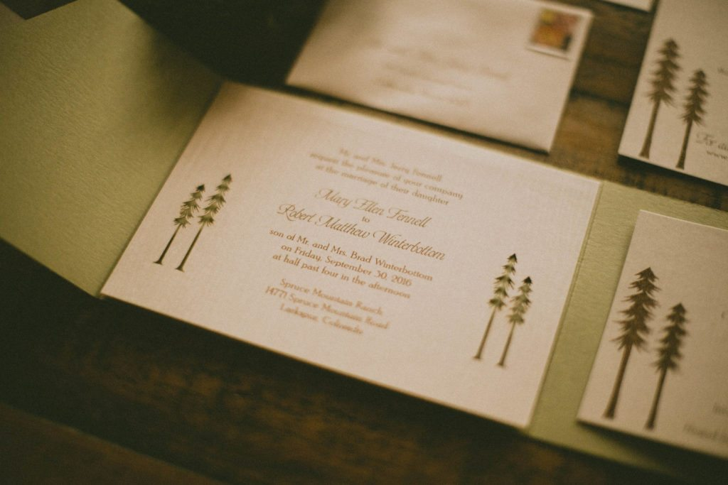 wedding-invitation_wood_cloud-9_spruce-mountain-ranch