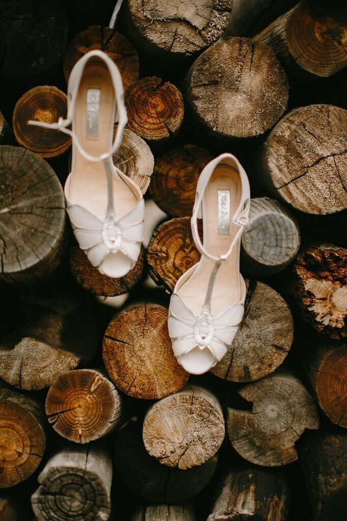 wedding-shoes_cloud-9_spruce-mountain-ranch