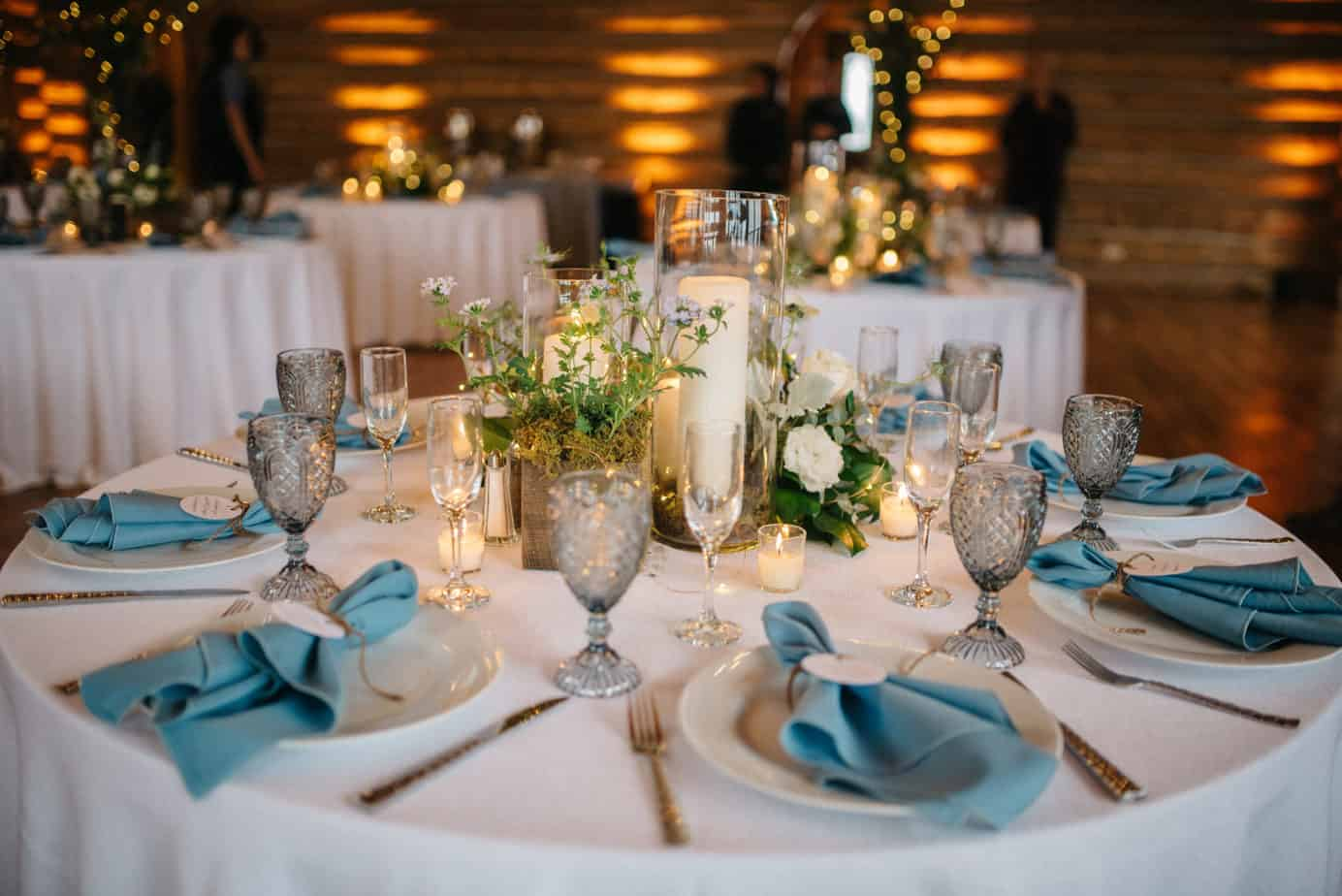 smoky blue wedding table design
