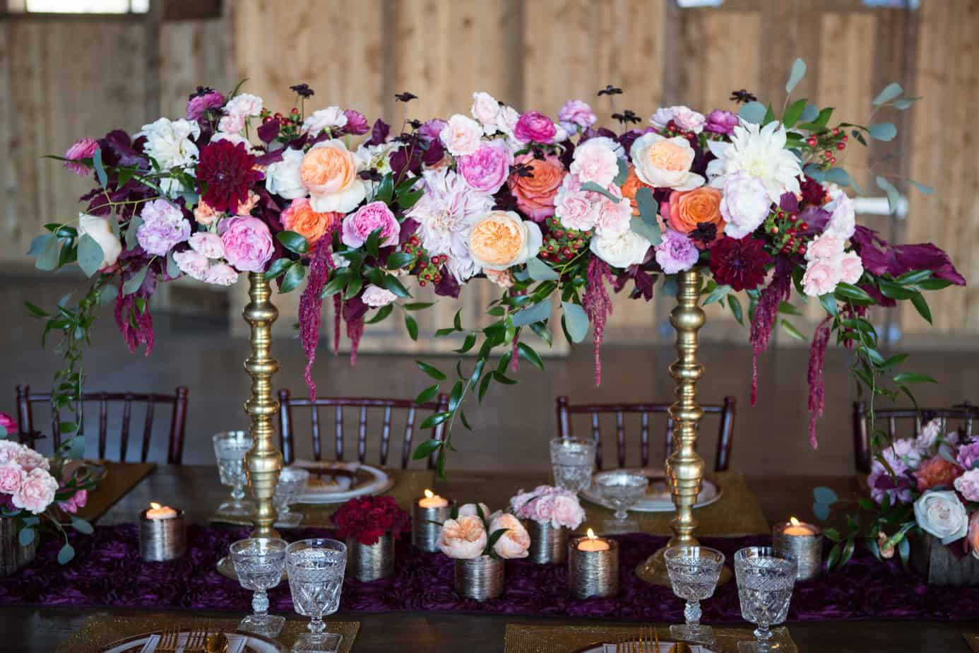 Burgundy winter wedding shoot at spruce mountain ranch